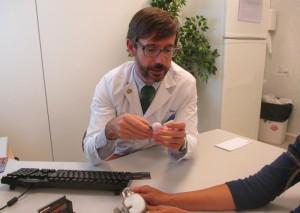Nueva prueba diagnóstica para pacientes con problemas de prótesis se realiza en Torrelodones